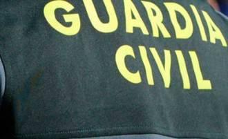 Tres detenidos por estafa y falsedad en la venta de tractores en Internet