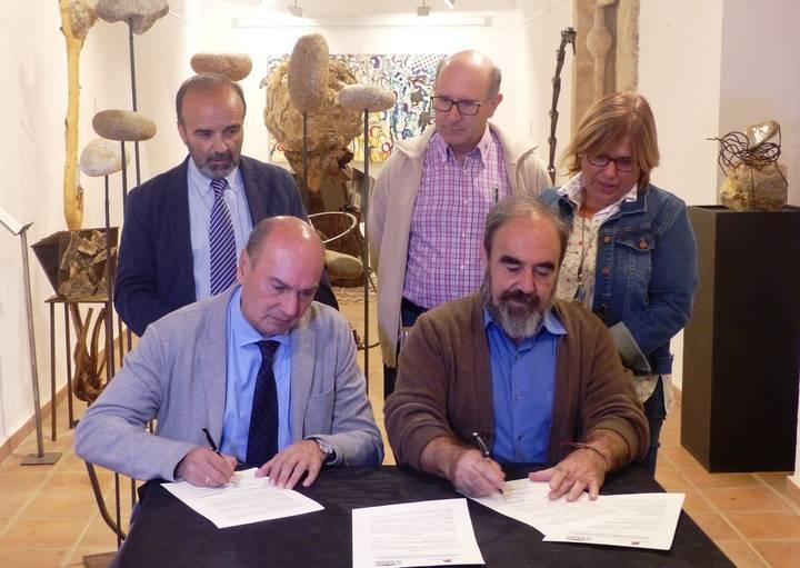 La Diputación firma dos convenios con la Asociación de Amigos del Museo de Molina
