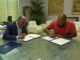 La Diputación y el Club Alcarreño renuevan su convenio de colaboración