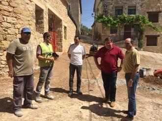 Finaliza obras de renovación de redes y pavimentación de caminos en Galápagos, Matarrubia, Torrebeleña y La Toba
