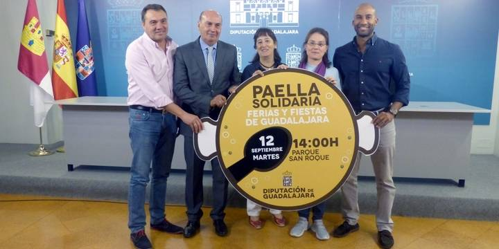 AFAUS Pro Salud Mental se llevará los beneficios de la Paella Solidaria de Ferias de este año
