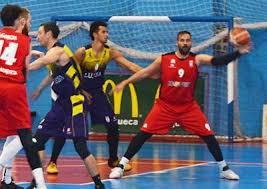Primer derbi de la temporada entre Isover Basket Azuqueca y Guadalajara Basket