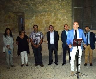 El presidente de la Diputación inaugura la iluminación exterior del Castillo de Embid