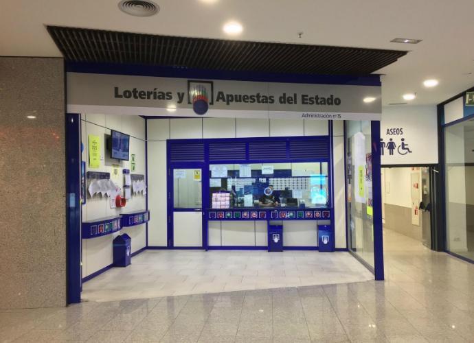 Los hay con suerte : 300.000 euros de la Lotería Nacional caen en Guadalajara