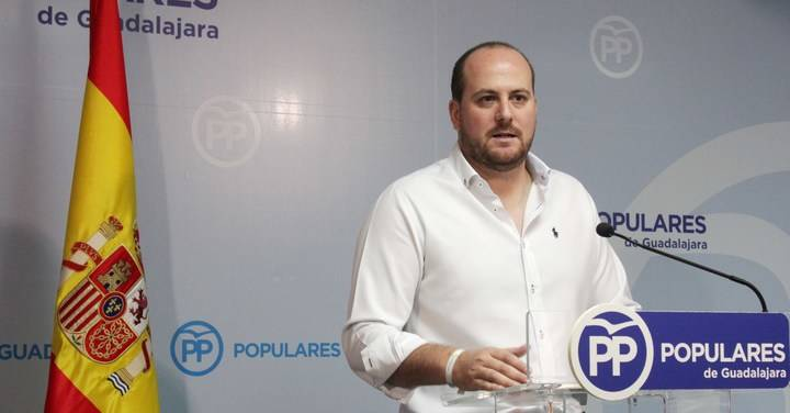 """Castillo: """"Los presupuestos son un paripé de Page para pagar a Podemos y perjudicar todavía más a Guadalajara"""