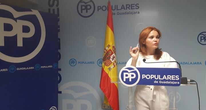 """""""Guadalajara paga el pato del radicalismo sellado en el pacto de sillones Page-Podemos"""""""