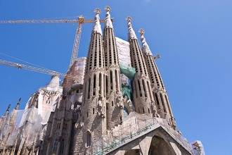 El objetivo de los terroristas yihadistas : Hacer expotar la Sagrada Familia de Barcelona con explosivo TAP y bombonas de butano