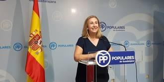 """""""Page saquea las inversiones de la provincia Guadalajara para pagar su pacto de sillones"""""""
