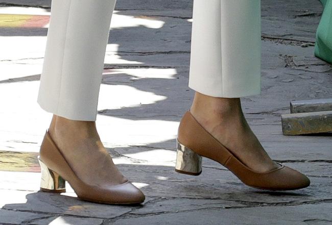 ¡HOLA! La reina Letizia Ortiz, deslumbra al Reino Unido