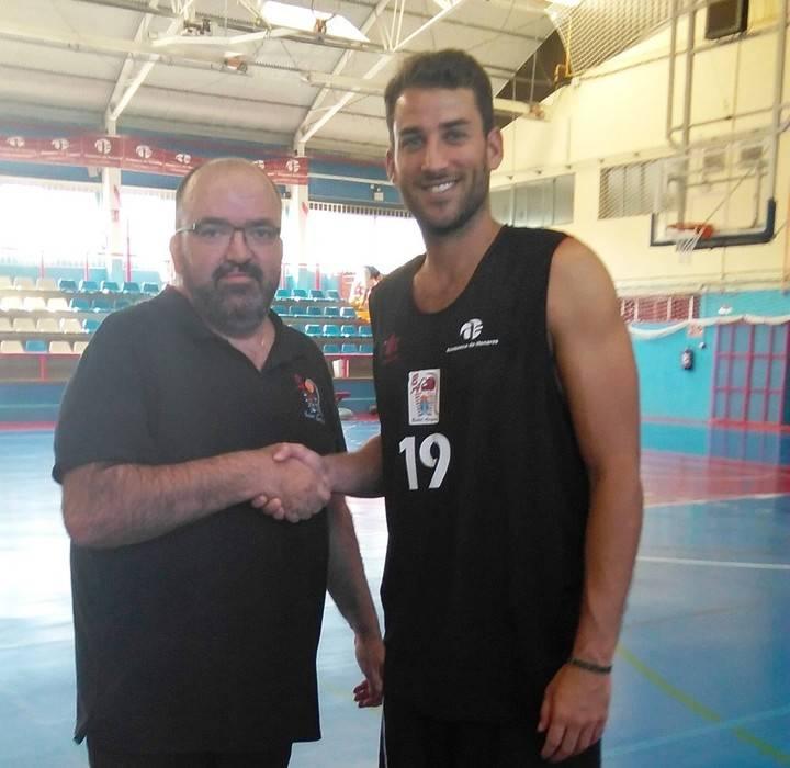El alero catalán Agustín Morales, quinto fichaje de Isover Basket Azuqueca