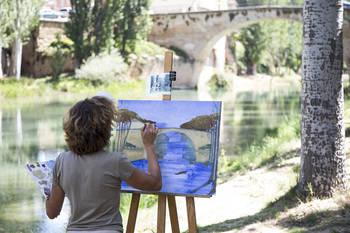El XV Concurso de Pintura Rápida 'Villa de Trillo' repartirá este domingo más de 7.000 euros en premios