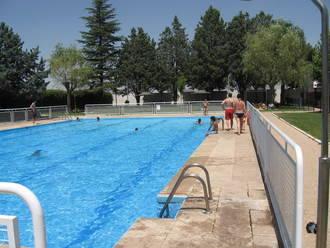 Ahora Yunquera denuncia la privatización del servicio de socorrismo y taquilla en la piscina municipal