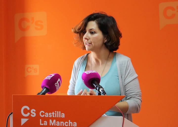 """Ciudadanos pide una solución """"a los continuos incumplimientos de contrato"""" en el transporte sanitario"""