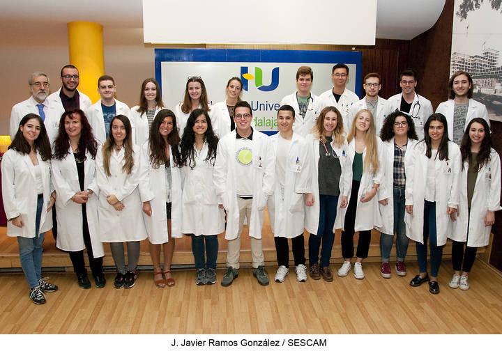 Una treintena de alumnos de tercero de Medicina se incorporan estos días para la realización de prácticas en el Hospital de Guadalajara