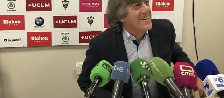 """El """"Alba"""" empató a un gol en el estadio municipal de Reus"""