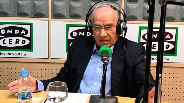 """Alfonso Guerra lo tiene muy claro: """"En Cataluña hay un golpe de Estado; no se puede negociar con golpistas"""""""