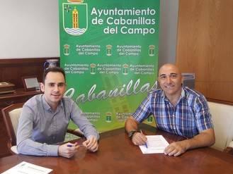 José García Salinas firma con clubes de Cabanillas los convenios anuales para la gestión de escuelas deportivas
