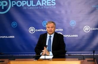 """""""La mayor traición de Page a Castilla-La Mancha es mantener a su vicepresidente a favor del referéndum ilegal de Cataluña"""""""