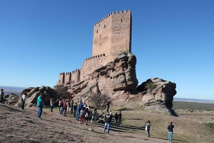 El Geoparque de la Comarca de Molina-Alto Tajo sorprende a periodistas especializados en turismo