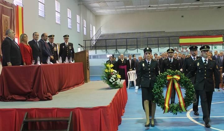 Gregorio destaca el papel de la Policía Nacional en la protección de la Democracia frente a quienes la atacan