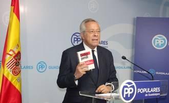 """Ramón Aguirre hace un llamamiento a los socialistas """"para que eviten la operación contagio"""" de partidos antisistema como Podemos"""