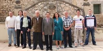 Conmoción en Mandayona por la muerte repentina, en plena calle, de su alcalde Félix Torre Castillo