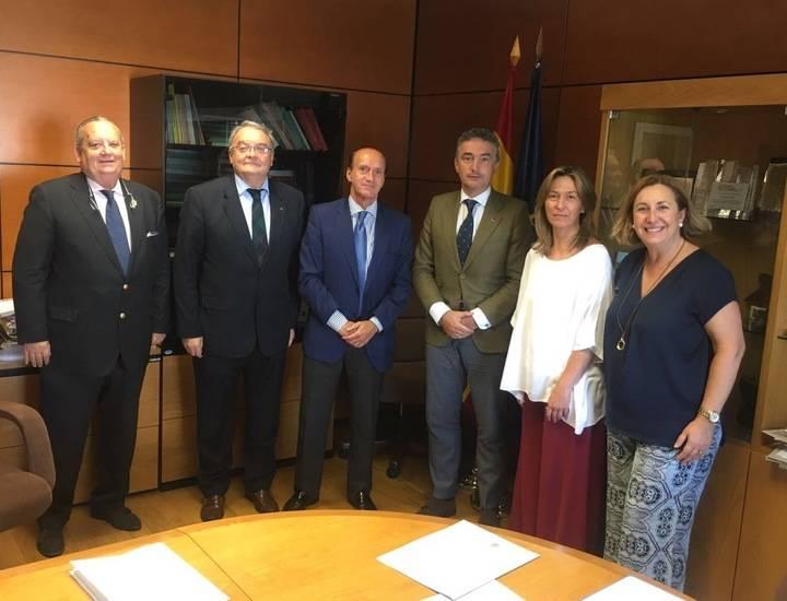 Diputación y Ministerio de Fomento se reúnen para analizar proyectos e infraestructuras de la provincia