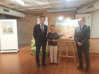 El presidente de la Diputación visita la exposición de óleos 'Mirar… y sentir' en la Sala Multiusos del San José