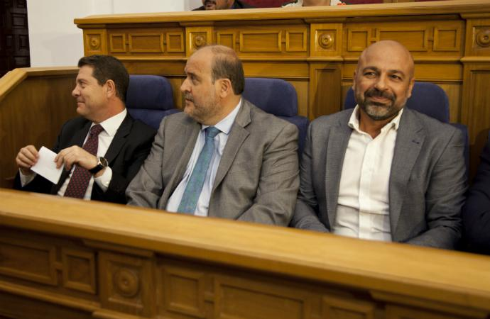 Bombazo en la Junta: El número 2 de Page ocultó en su declaración de bienes un fondo de inversión de 60.000 euros