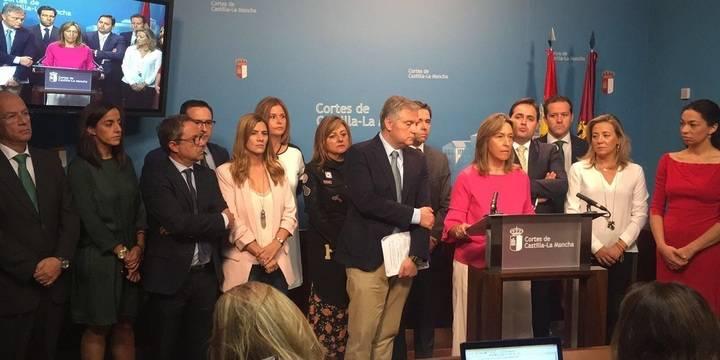 El PP abandona en bloque el Pleno de las Cortes regionales tras quitar Vaquero la palabra a Guarinos
