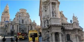 El hombre que amenazaba con lanzarse al vacío desde la Catedral de Murcia accede a bajar