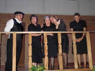 Magnífica representación de 'Historia de una escalera' desde el Grupo de Teatro de Arbancón