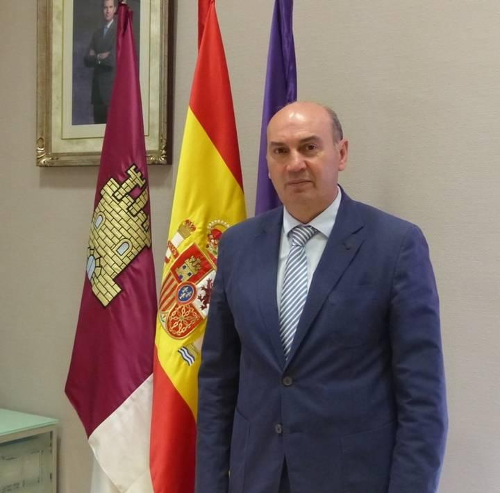 El presidente de la Diputación apela a la unidad bajo el respeto del orden constitucional