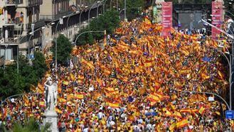 Dos de cada tres españoles apoyan una supresión de autonomía si hay declaración de independencia en Cataluña