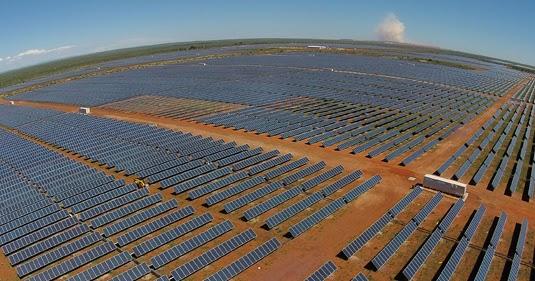 """Manzanares acogerá la que será """"probablemente la mayor planta fotovoltaica de Europa"""" con una inversión de 340 millones de euros"""