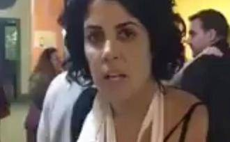 La mentira al descubierto : La mujer que dijo tener los dedos rotos por una acción policial el 1-O solo tiene una inflamación