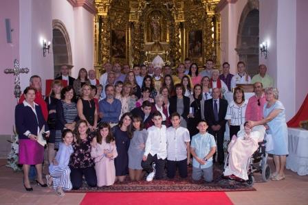Una veintena de jóvenes reciben la Confirmación en Miedes de Atienza