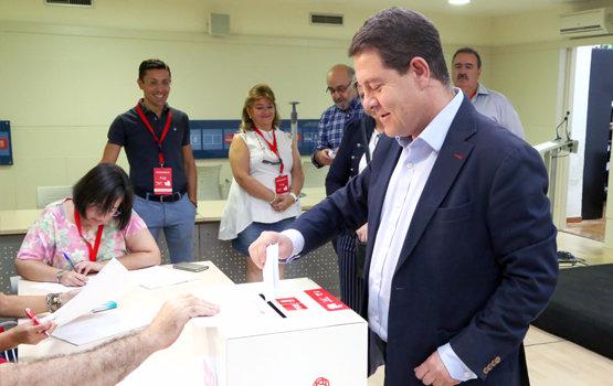 Más de 13.300 militantes eligen este sábado al secretario general del PSOE de Castilla-La Mancha