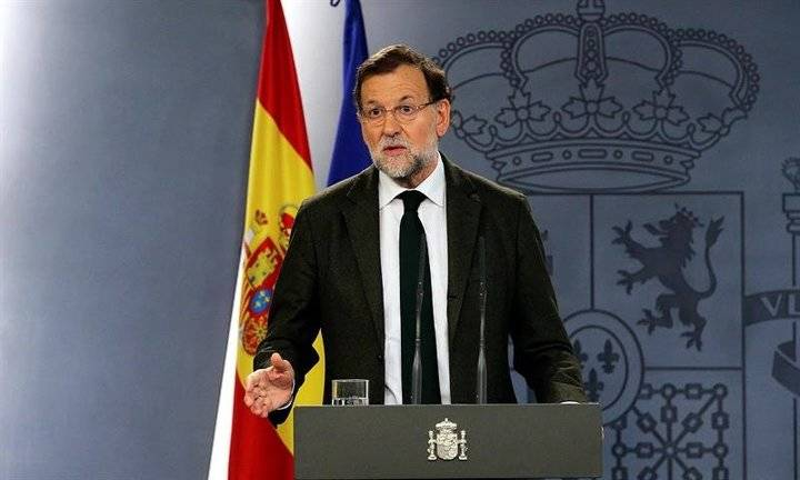 Rajoy cesa a Puigdemont y su gobierno, disuelve el Parlamento catalán y convoca Elecciones autonómicas para el 21 de diciembre