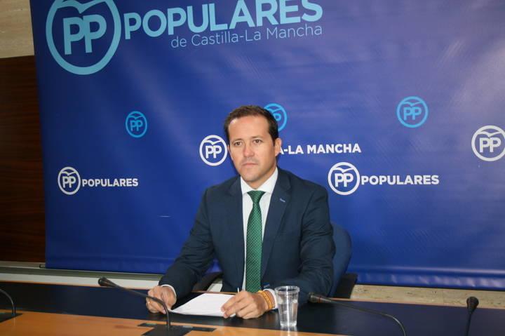 """Velázquez denuncia """"la grave situación de la Sanidad pública por culpa de la parálisis institucional perpetrada por Page y Podemos"""""""