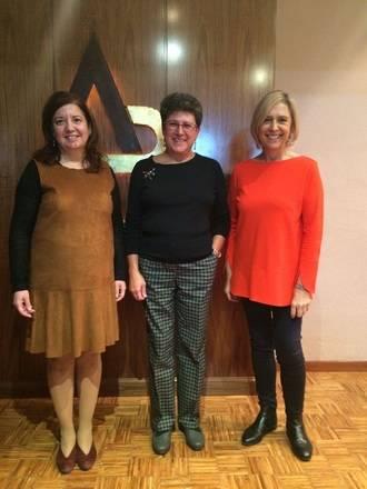 El IES Buero Vallejo recibió la visita de Ana María Carabias Torres, profesora de Universidad de Salamanca