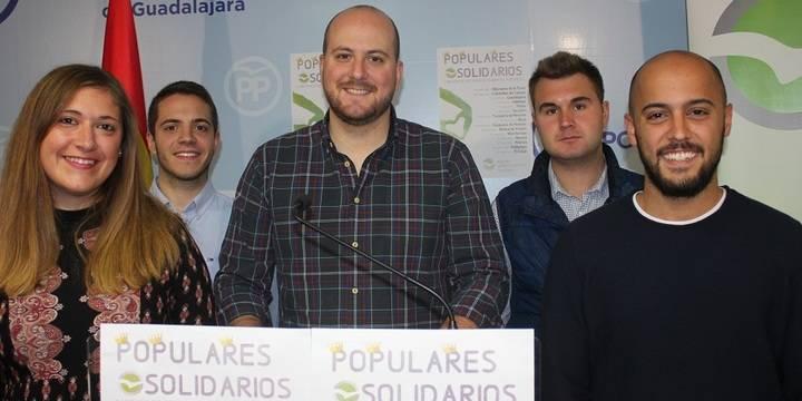 """Lucas Castillo presenta los 'Populares Solidarios': """"La solidaridad no entiende de colores políticos"""""""