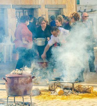 Arbancón inicia su Fiesta de las Candelas con el VI Concurso de Comida de Puchero