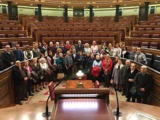 Más de 40 yebranos conocen de primera mano el Congreso de los Diputados y el Senado