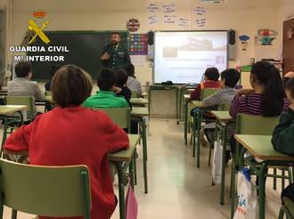Acoso escolar, violencia de género o alcohol y drogas, temas principales de las conferencias de la Guardia Civil en centros educativos