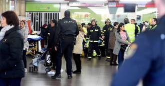 Accidente de un tren de cercanías que comunica Atocha con Guadalajara: 39 heridos, dos graves