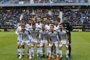 """No fue justo pero """"el Alba"""" cayó en Cádiz, en un partido que debió acabar en empate"""