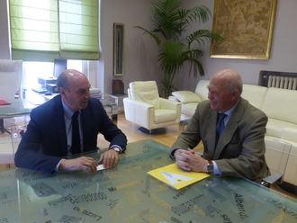 El presidente de la Diputación se reúne con el decano del Colegio de Ingenieros Técnicos Industriales