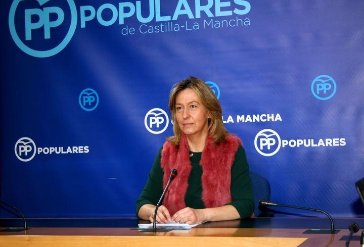 Guarinos exige que Page aclare cuántos médicos sin homologación están trabajando en Castilla-La Mancha