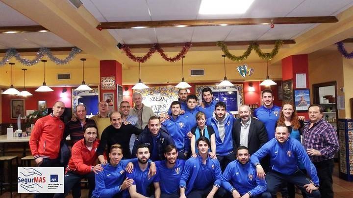 El Hogar Alcarreño Acai Motor celebra su fiesta de Navidad